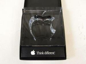 Apple-20th-Think-different-crystal-glass-HOYA-Novelty-Macintosh-Spartacus