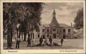 Bazancourt-Frankreich-1-Weltkrieg-AK-1914-18-Soldaten-vor-der-Buergermeisterei