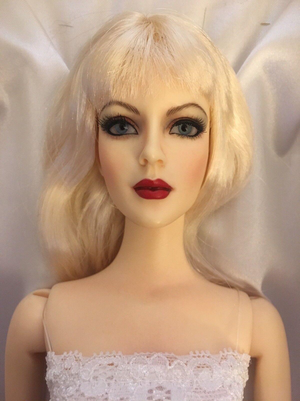 OOAK ULTIMATE TYLER WENTWORTH BASIC16  Tonner Mode BJD Resin Repainted Doll
