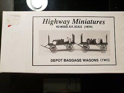2 Building Kit Highway Miniatures 360-301 HO Depot Baggage Wagons
