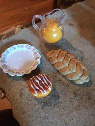 American Girl Play Breakfast food orange juice sweet roll plate and sweet roll.