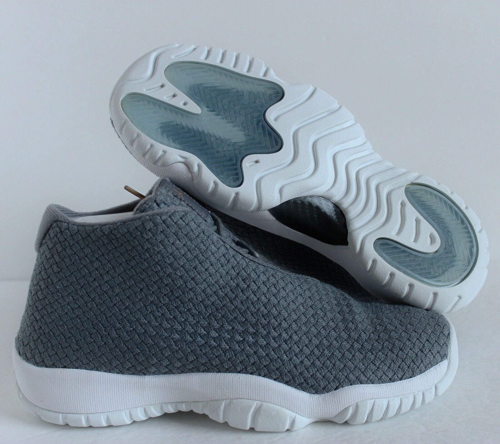 NIKE AIR JORDAN FUTURE BG COOL gris- gris- gris- blanc SZ 6Y // femmes SZ 7.5 [656504-003] 3fbab3