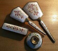 VINTAGE 1950'S LADIES 2 BRUSH, CANDLESTICK AND HAND MIRROR GROOMING SET