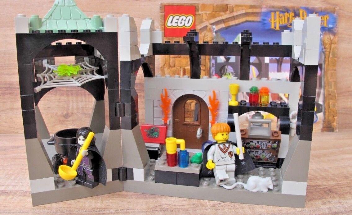 HARRY POTTER LEGO 4705 Snape's Class 2001 - 100% Complete + Manual - EUC