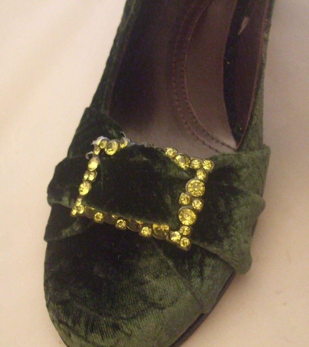 NEU Via Spiga Größe 7 Velvet Emerald Green Cloth w/Rhinestone Buckle 4