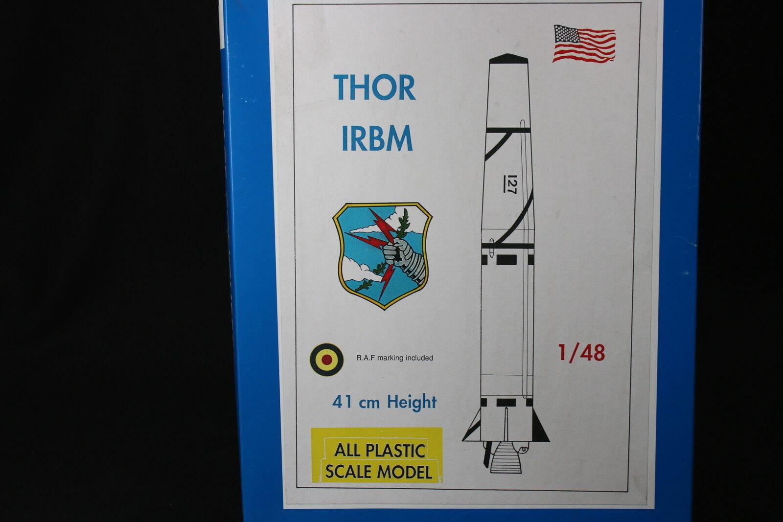 YU046 MACH 2 1 48 maquette spatial LO3 Thor IRBM espace fusée