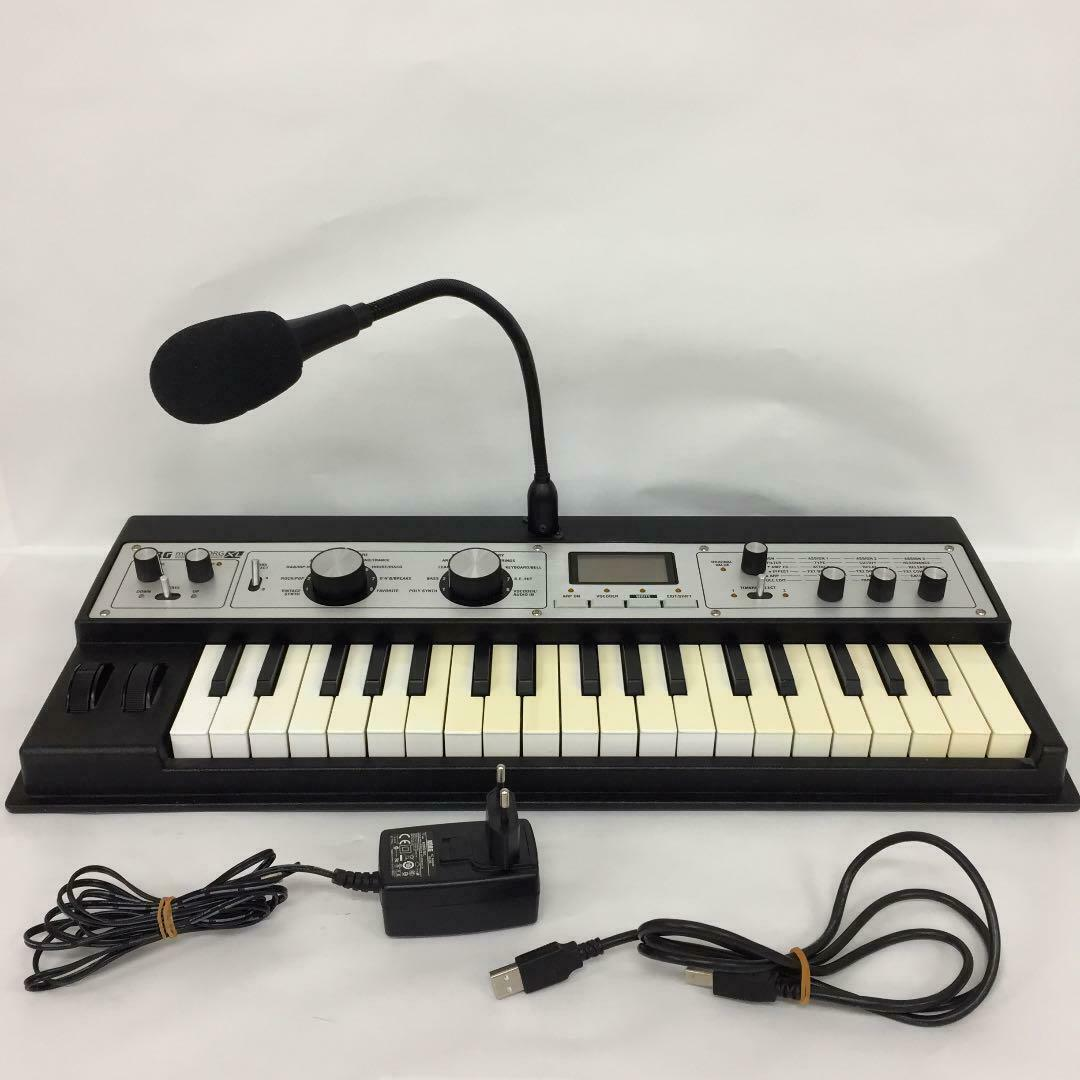 MICROKORG XL SYNTH SYNTHGrößeR KEYBOARD W  VOCODER TESTED WORKING USED