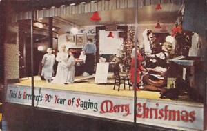 Christmas-Window-Display-Breuner-039-s-Store-Sacramento-CA-1946-Vintage-Postcard