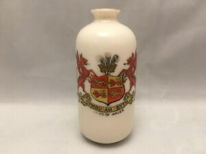 Vintage-Crested-China-Cymru-Am-Byth-Arms-Of-Wales-Vase