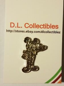 Disney-Hidden-Mickey-Traders-Icons-Mickey-Mouse-Chaser-Pin