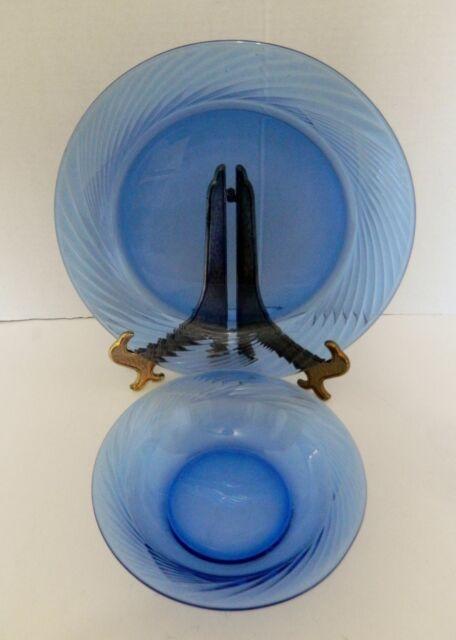 Pyrex Cobalt Blue Festiva Swirl Dinner Plate and Salad Bowl