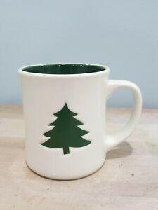 Starbucks-2008-Christmas-Green-Pine-Tree-12-FL-Oz-Coffee-Mug