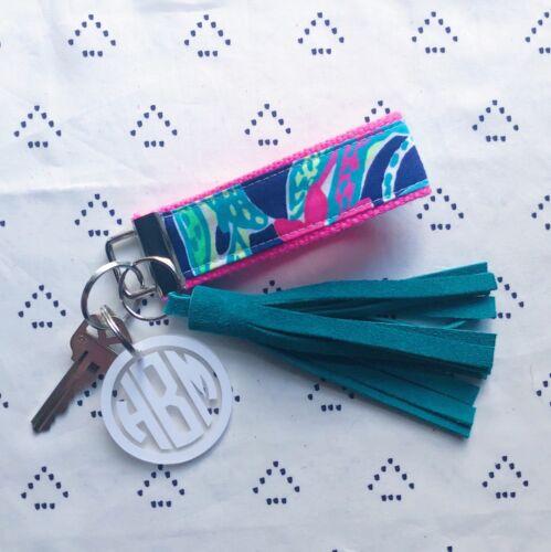 "Lilly Pulitzer Navy Trunk Show Key Fob Wristlet 1.25/"" width, 9/"" length"