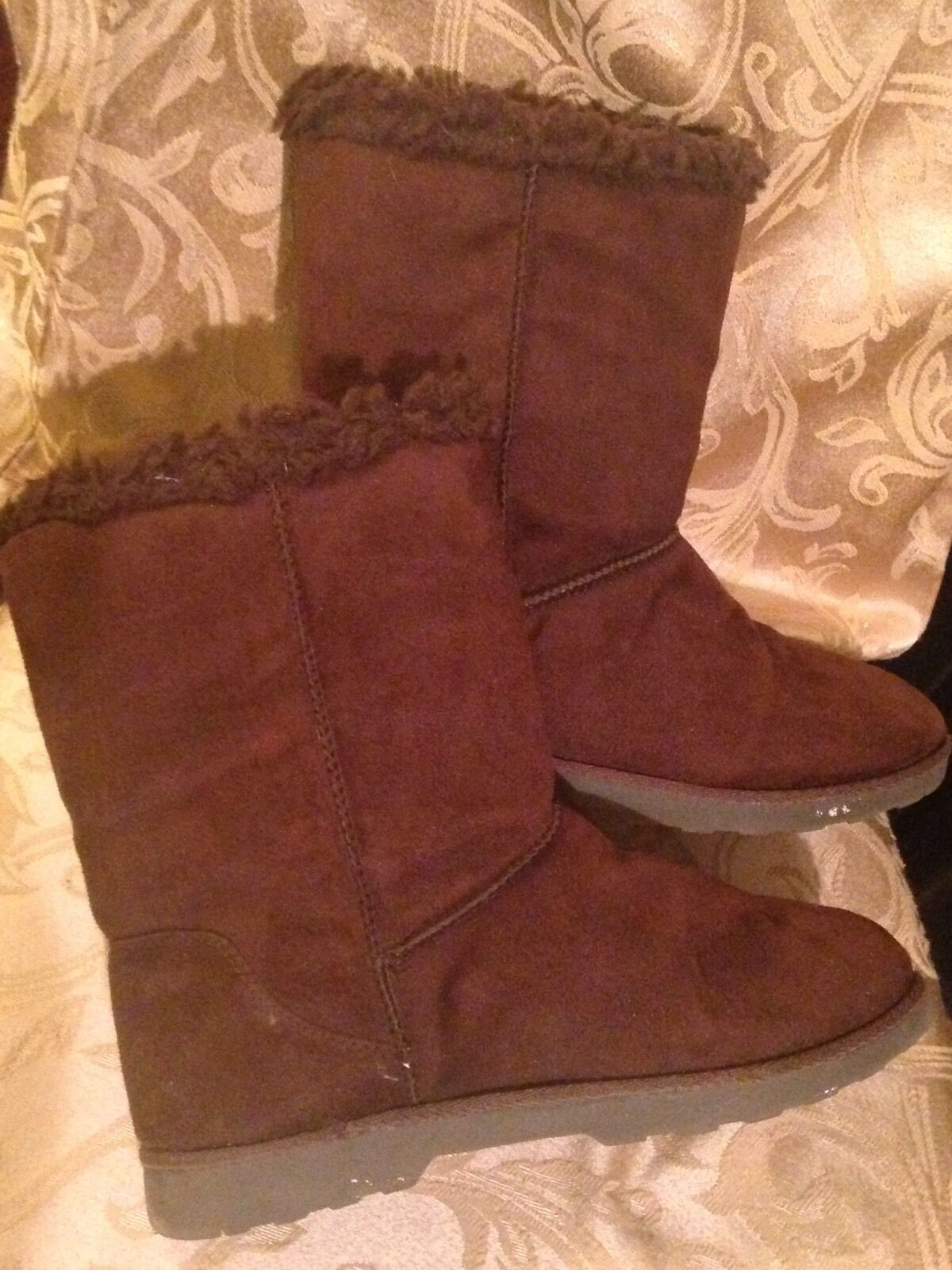 Women&#039;s Fashion-Mid-Ca<wbr/>lf SO boots size 7M Style Elmira  Brown low heel pull on
