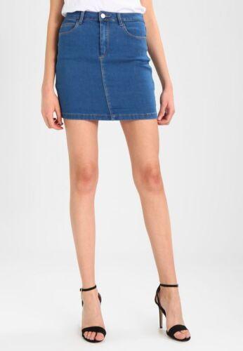 mgnn32 MISSGUIDED Denim Mini Skirt in Stonewash  Blue
