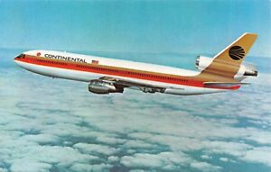 CONTINENTAL AIRLINES DC-9 GOLDEN FAN JETS-PROUD BIRD SYSTEM ISSUED POSTCARD