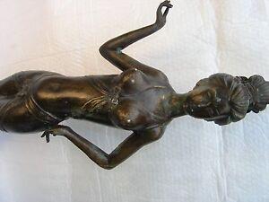 1-grosse-alte-Bronzefigur-geisha-ca-82-cm-Sammlerstueck