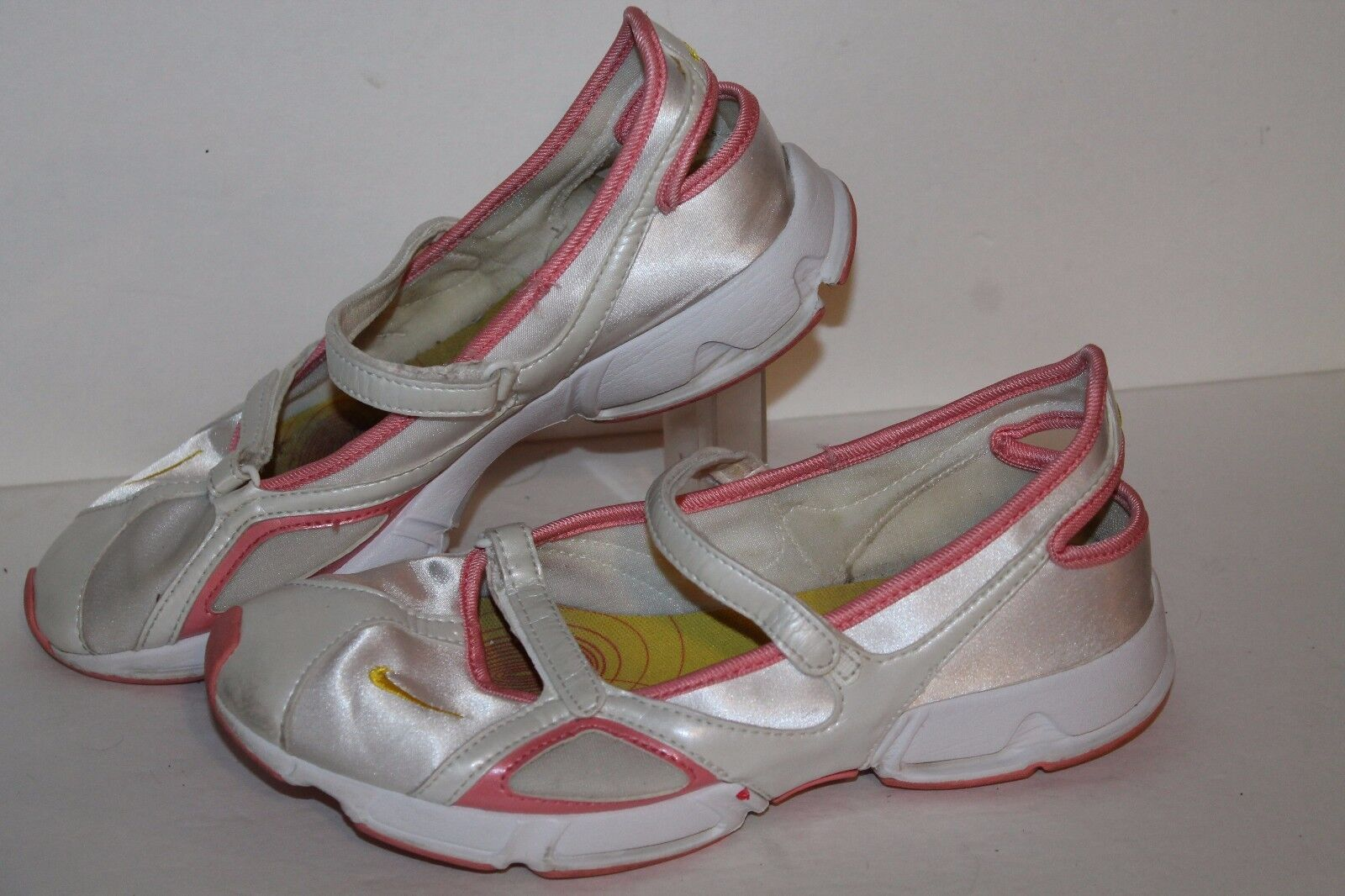 Nike MJ Casual Sneakers, White/Pink/Yellow, Womens US Comfortable Cheap and beautiful fashion