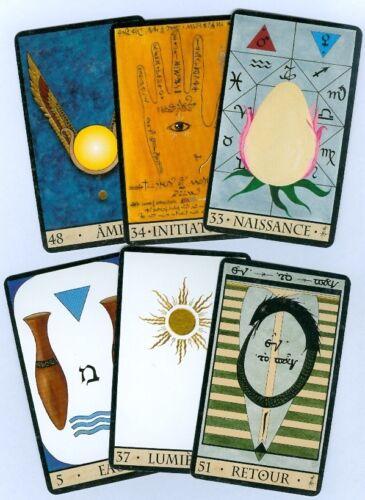 Oracle de La Triade Oracle of the Triad Divination 57 Cartes avec Livret