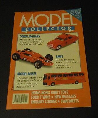 Unito Rivista Modello Da Collezione (nov 1990) - Corgi Giaguari-smts-modello Di Autobus-mostra Il Titolo Originale
