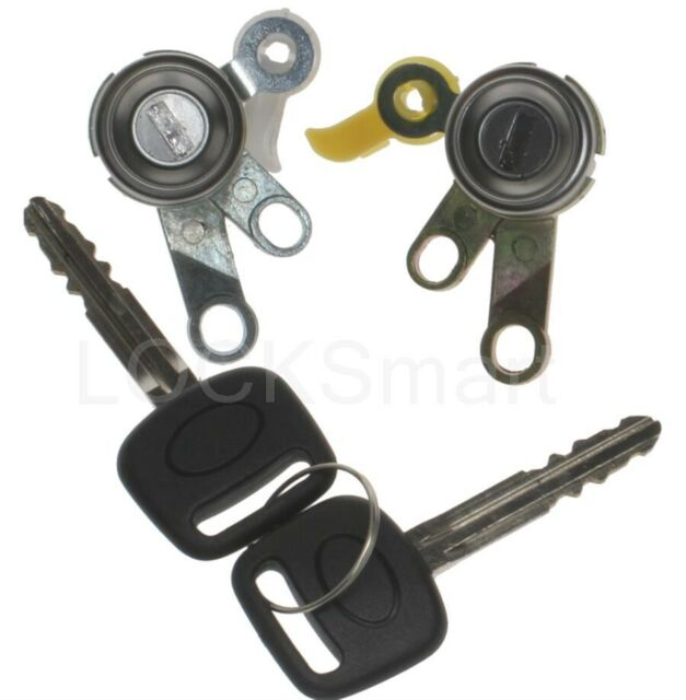 92-96 TOYOTA CAMRY L/&R DOOR LOCK SET W//KEY