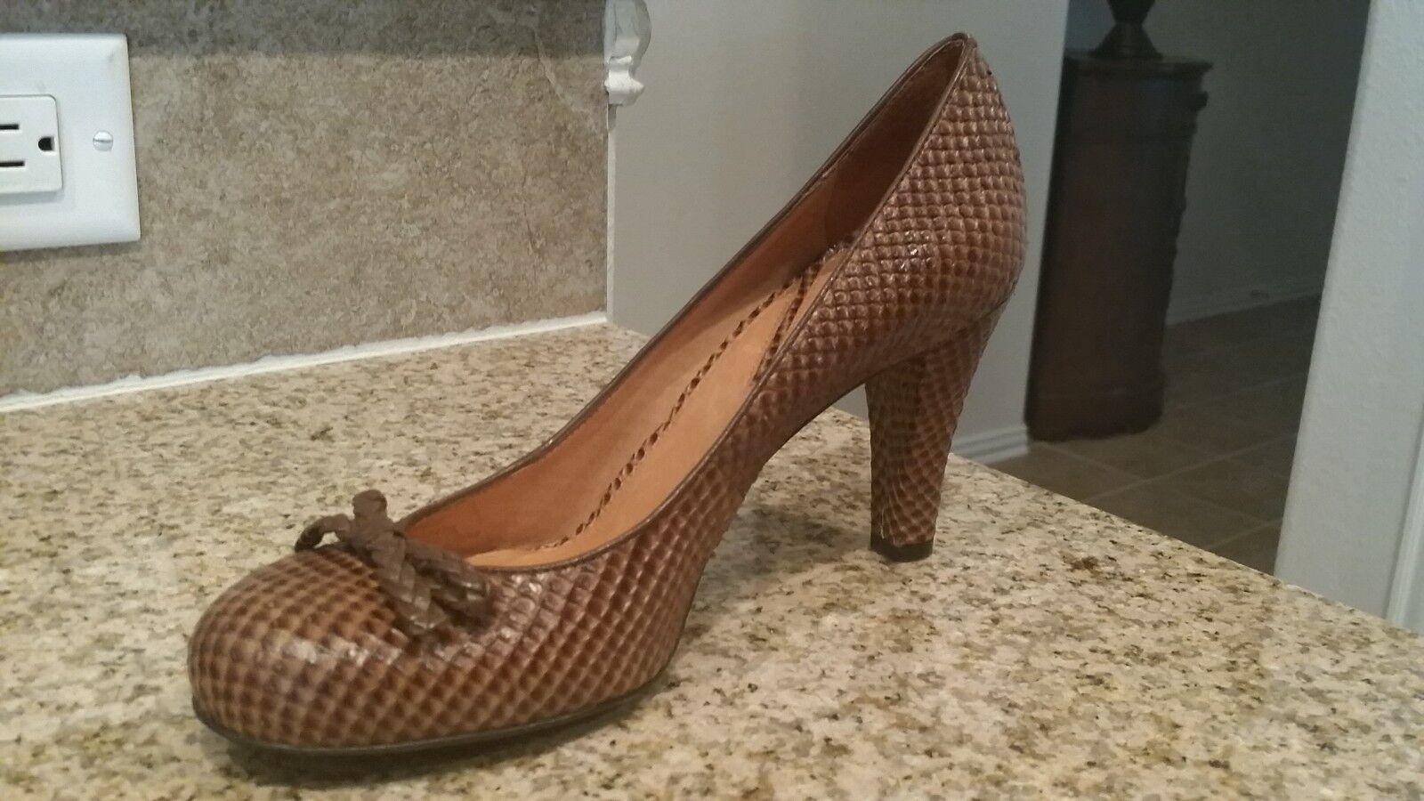 NEW 7.5M Vince Camuto Snakeskin Brown Heels