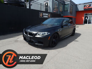 2016 BMW M5 LEATHER SEATS BACK UP CAM SUNROOF ( 750 HP )