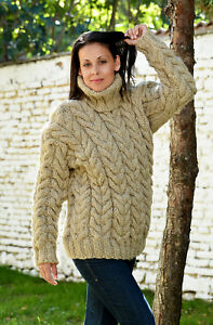 24a7e6865bb9 Designer Beige Hand Knitted Wool Sweater no Mohair Cable Pullover ...
