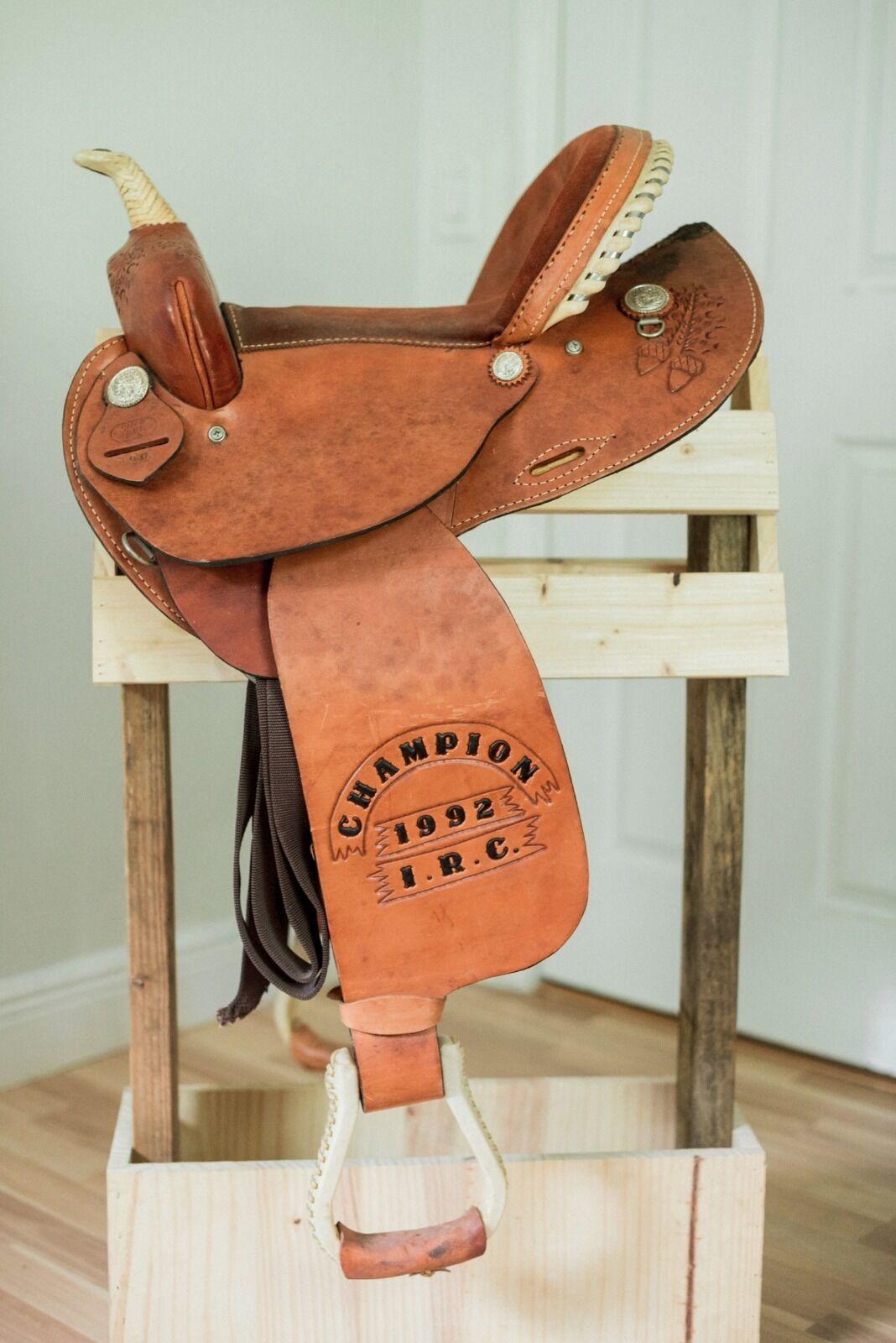 Lamb Barrel Saddle Trophy Saddle