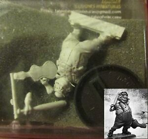 Tale of War TA0021 Tale Revision Benny Pig the Violinist (1) Miniature Gangster