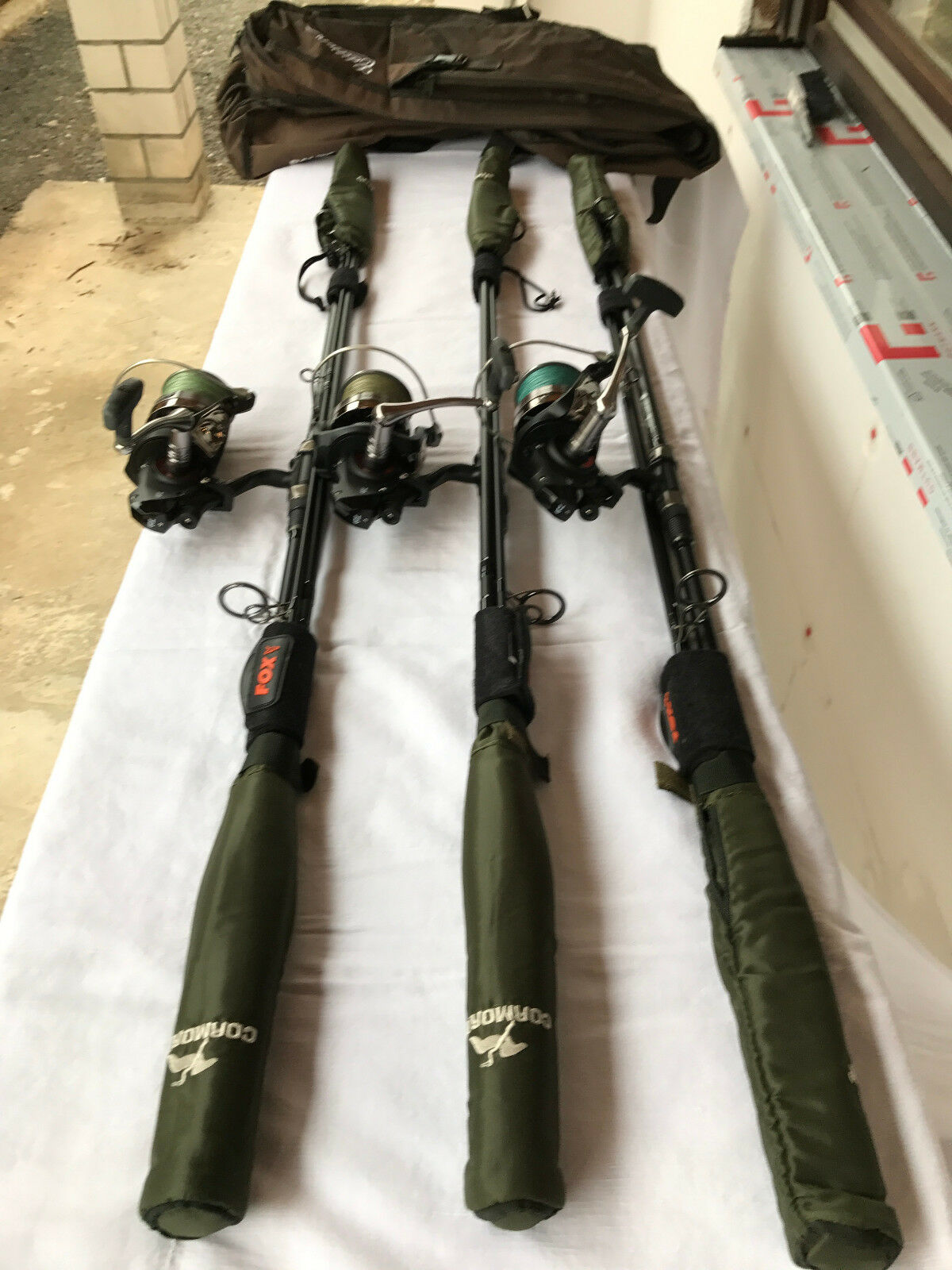 3er Karpfenruten - Set Ruten Fox Warrior S   Rollen Daiwa Windcast BR5500 LDA