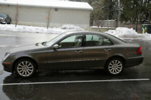 SALE  MERCEDES BENZ E 300 AWD GOOD CONDITION. WITH SAFETY