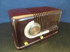 VINTAGE 1940s SILVERTONE ART DECO CANDY CANE FACADE OLD ANTIQUE BAKELITE RADIO