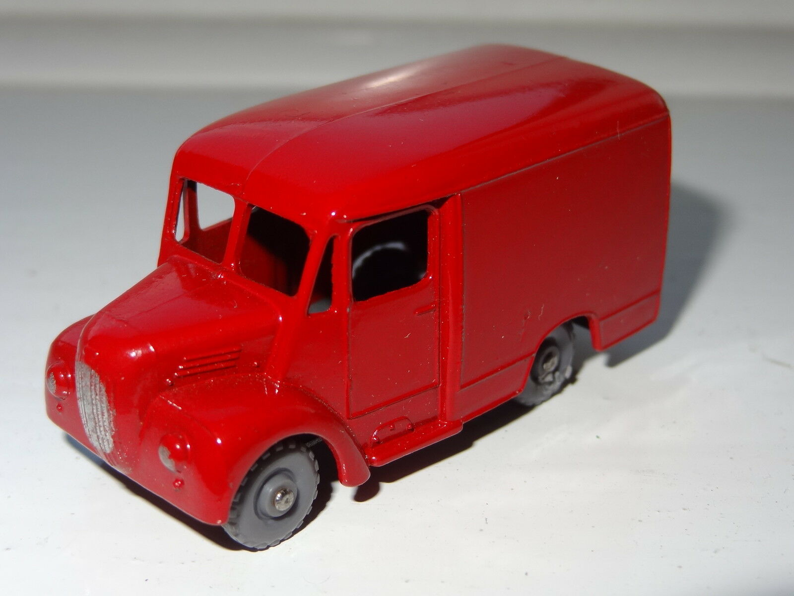 Matchbox Lesney TROJAN VAN BROOKE BOND - rare grey plastic wheels