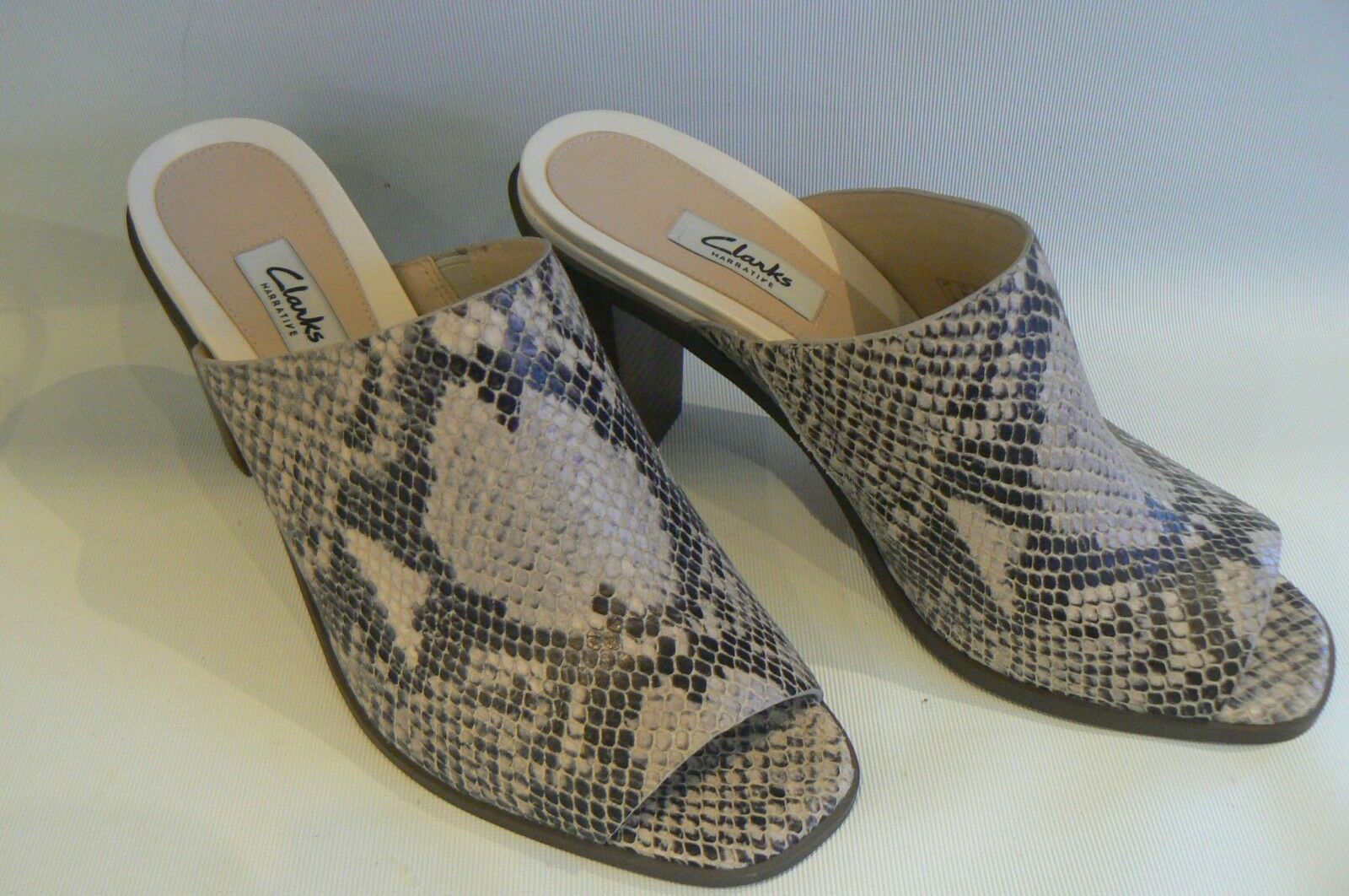 CLARKS Image Gallery Snake Print Slip On Mules Sandals Taille 7 NEW