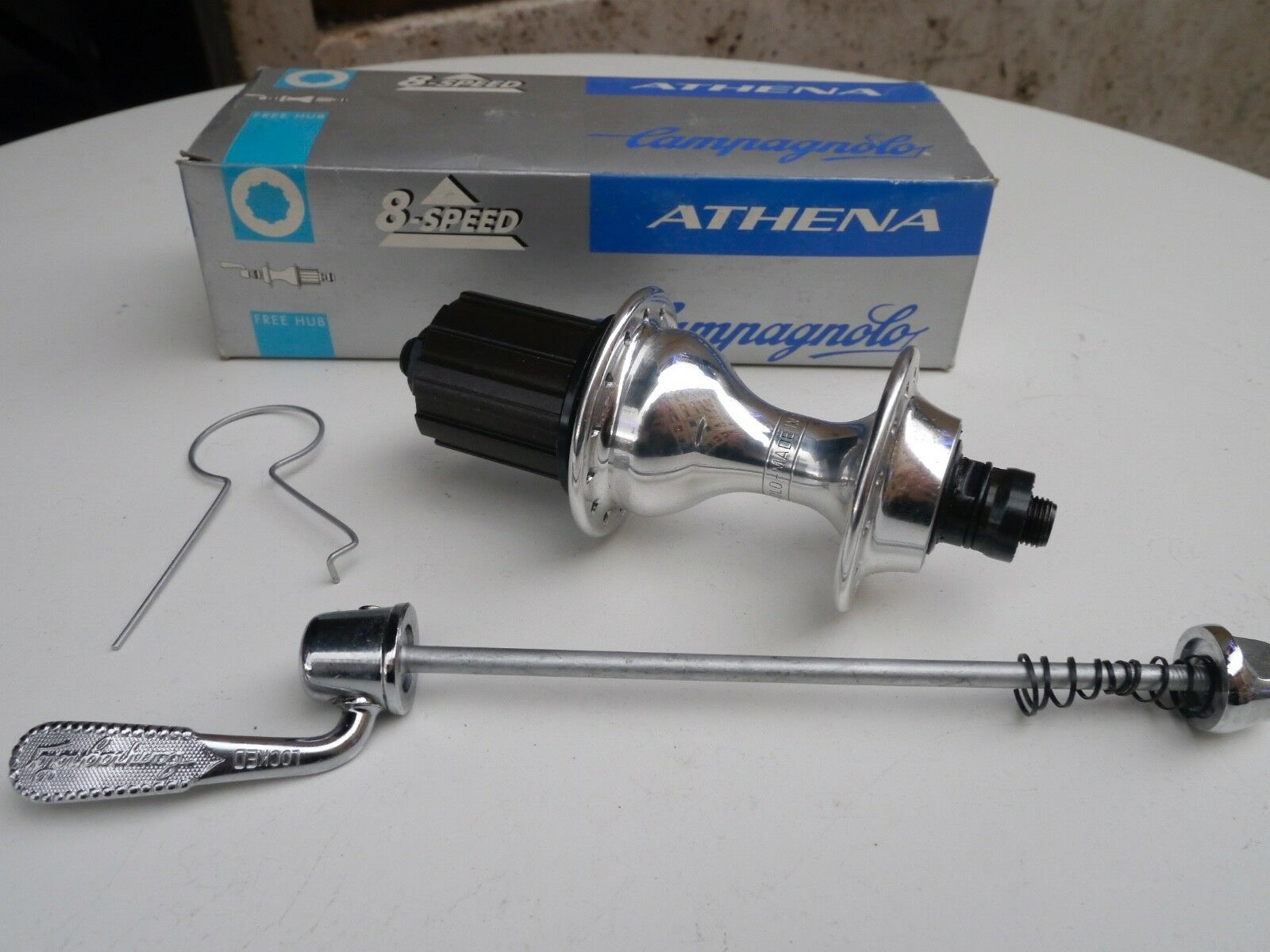 NIB Campagnolo Athena 28 holes rear hub, for 8 speed