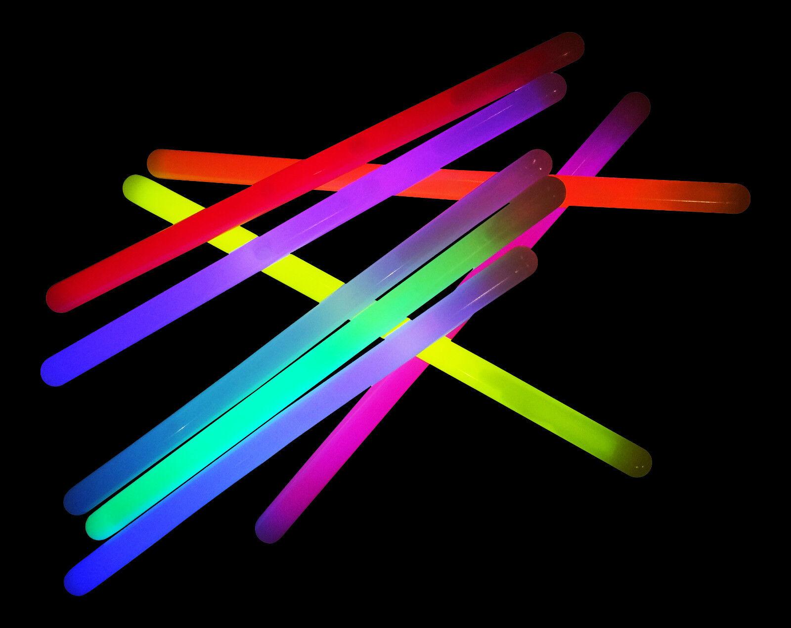 200x 12  Mega Glowsticks - Mixed Glow Batons Sticks (15mm) Glowtopia Festivals