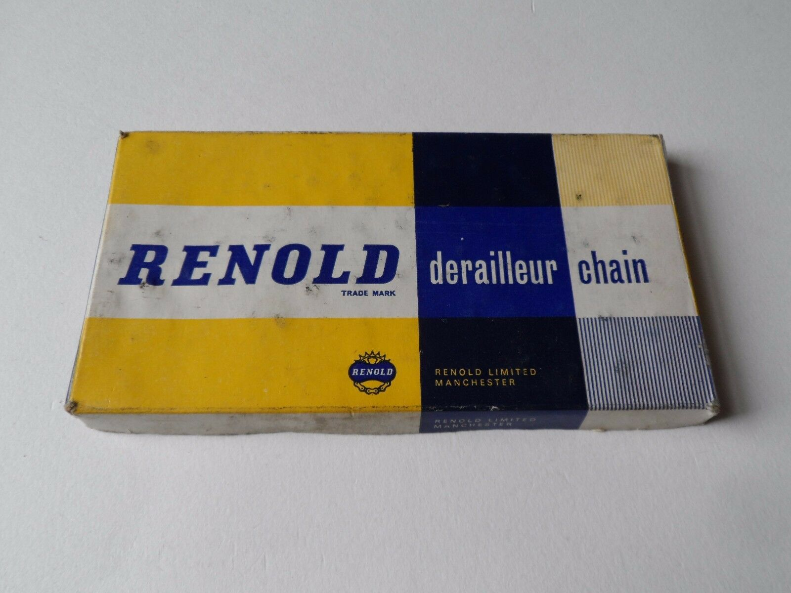 Rare NOS Vintage 1960s REYNOLD 1 2  x 1 8  cycle chain - 108 links