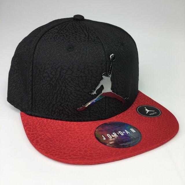 Nike Jordan Gold Logo Youth Boy/'s Size 8 //20 Black Snapback Hat 9A1623 429