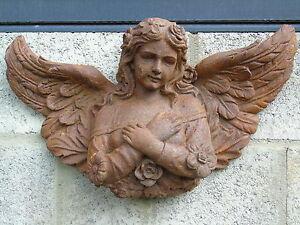 ANGE , statue en fonte rouillé d un ange mural et  très lourd   ...