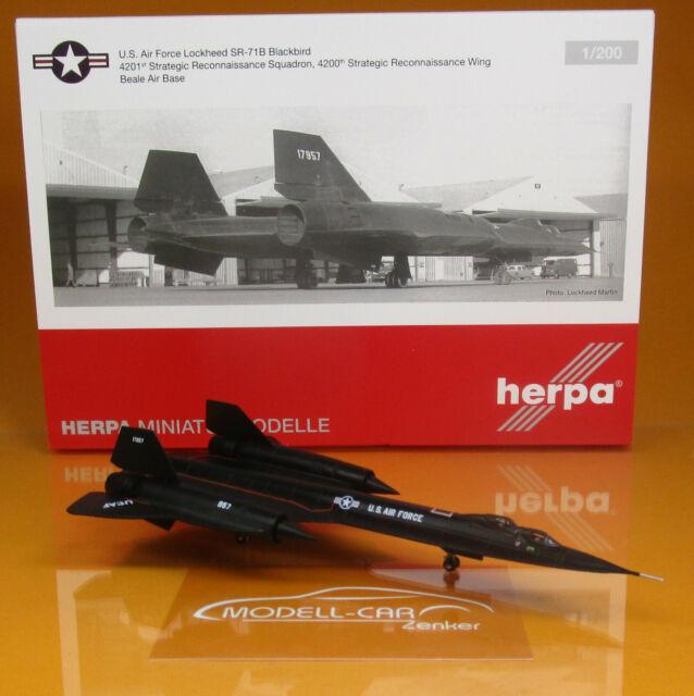 Herpa Wings 1:200 Lockheed SR-71A Blackbird USAF 4201 strategic reconnais 559454