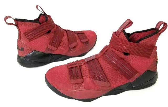 Mens Sz 12 Nike Lebron Soldier 11 XI