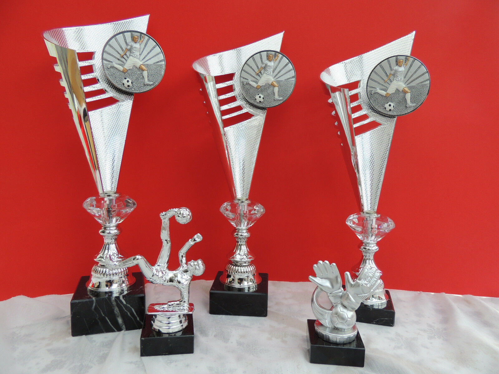 Pokale Pokal Set Dart Fußball 5 5 5 tlg Gold o.silber NEU 2018 mit Gravur & 3DEmblem 9e82f0