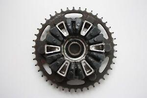 2000-HONDA-CBR-900RR-FIREBLADE-REAR-SPROCKET-CARRIER-HUB