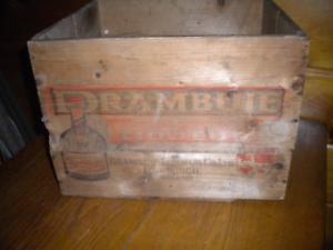 Vintage Wooden Drambuie Liqueur Shipping Box / Scotland