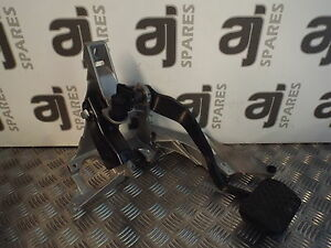 SKODA-SUPERB-2-5-TDI-2007-AUTOMATIC-BRAKE-PEDAL-AND-MOUNT-8D2721117S