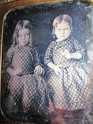 ANTIQUE AMERICAN BEAUTY BLONDE GIRLS TWIN SISTER DAGUERREOTYPE POLTERGEIST PHOTO