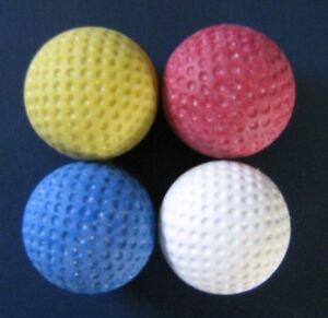 4 Stück original Minigolfbälle - original Anlagenbälle   4x Minigolfball farbig