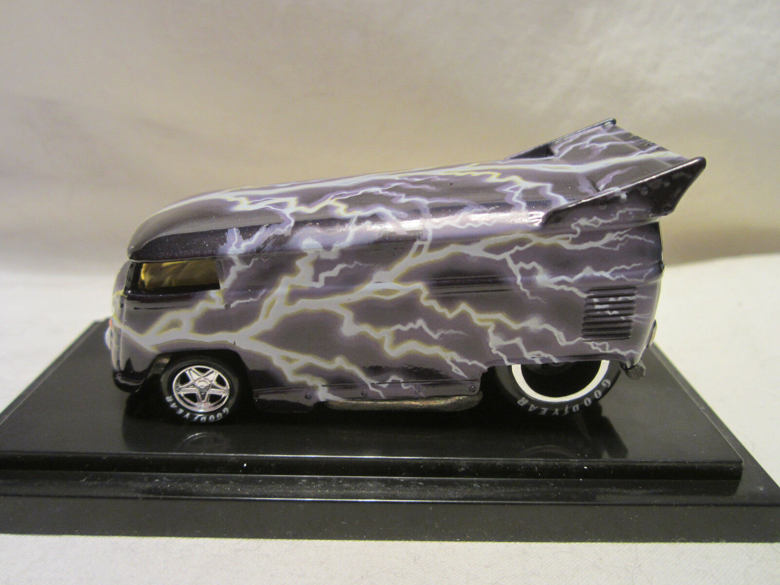 Hot wheels freiheit promotions lightningwagon volkswagen mit bus   246   1300