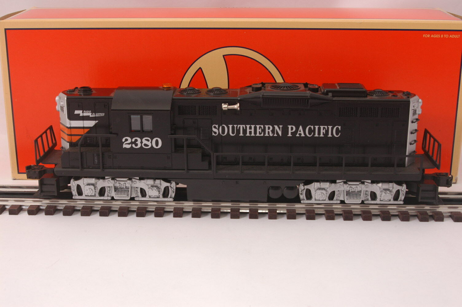 Lionel 18562 Southern Pacific GP-9 Diesel Locomotive  2380 OB Nice 1